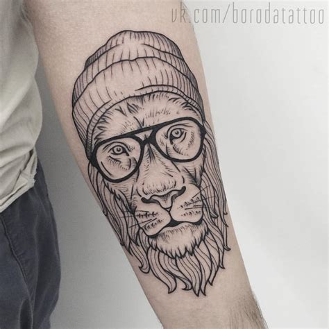tattoo geometric hipster hipster lion tattoo i tattoos pinterest lions