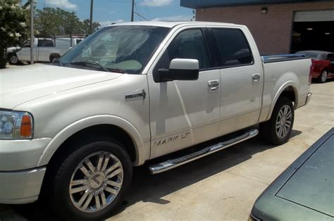 picture of 2007 lincoln mark lt extended exterior