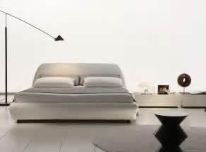 Platform Bed Modern A Look At The Modern Platform Bed La Furniture