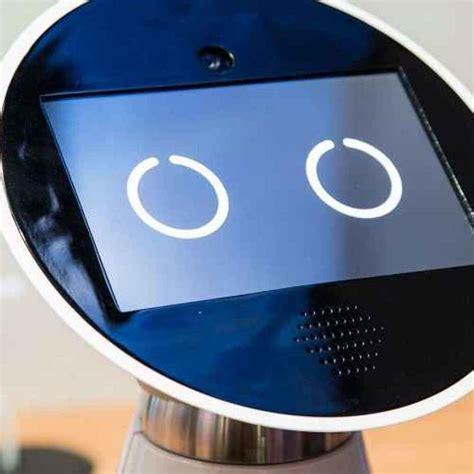 robot da cucina tuttofare tecnologie bosch mykie il simpatico robot tuttofare per