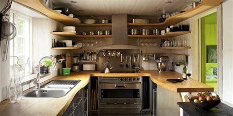 Agréable Amenager Petite Cuisine Ouverte #3: 1-astuce-de-rangement-comment-aménager-une-petite-cuisine-amenager-cuisine-la-petite-cuisine-équipée-aménager-une-petite-cuisine-u-formidable.jpg