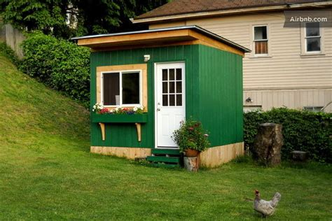 tiny home airbnb 10 tiny houses you can rent on airbnb