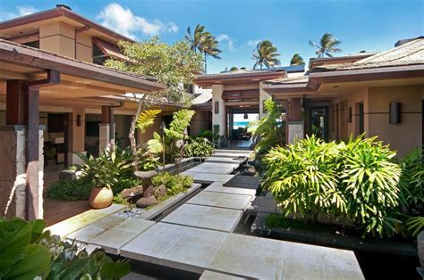 Small Homes For Rent In Hawaii Banyan Hale Estate Plus Cottage Vacation Rental In
