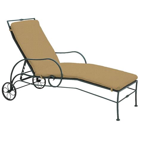 buy chaise lounge online buy the sheffield chaise lounge for your yard online
