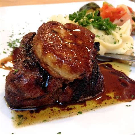 file filet mignon et foie gras avec muscat de beaumes de venise jpg