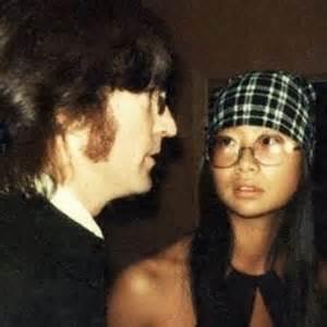 mini biography de john lennon en ingles entrevista a may pang la amante china del ex beatle