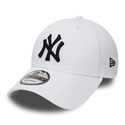 white new era new york yankees essential white and black 9forty new era