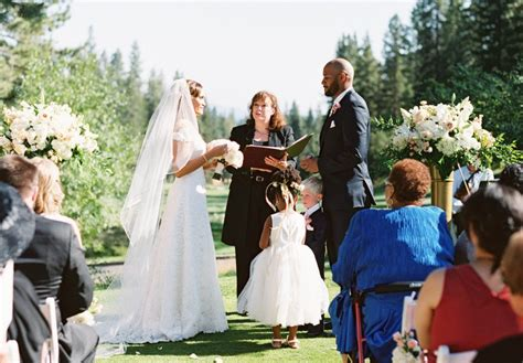 wedding ceremony officiant lake tahoe wedding officiant beautiful wedding