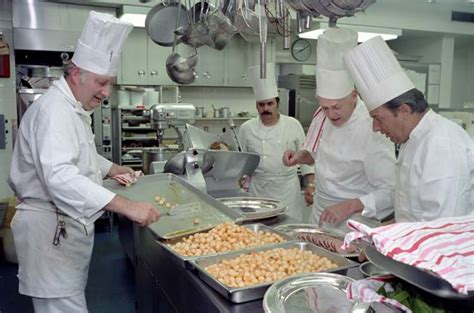 chef house file white house chefs 1981 jpg wikimedia commons