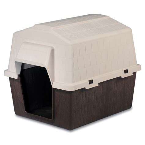 dog houses plastic shop aspen pet medium plastic dog house at lowes com