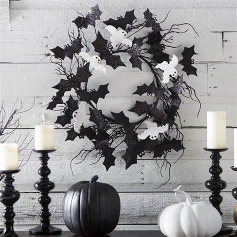Decorating Black And White 31 Ideas For Stylish Black White Decorations