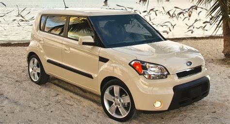 Kia Soul Issues Kia Recalling 2010 Soul And 2011 Sorento For Electrical Issues