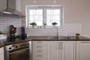 Small Kitchen Windows Cooling With Window Fans For Small Windows Perfect For