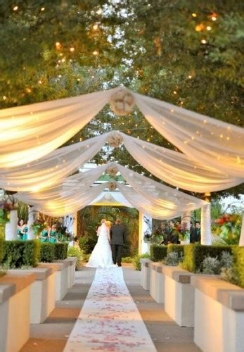 Tulle Ceiling Draping 15 Fresh Outdoor Wedding Ideas Weekly Wedding Inspiration
