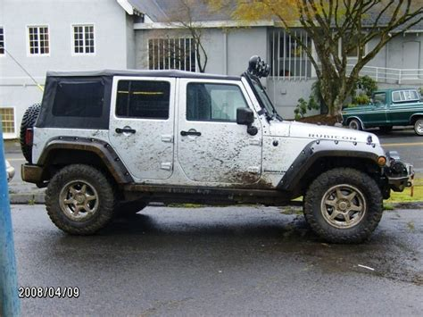 Jeep Unlimited Cer Does Anyone What Brand Of Wheels These Are Jeep