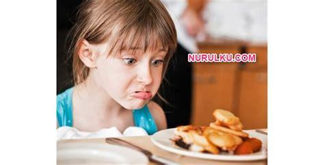 Mengatasi Anak Susah Makan 1 waw ini dia cara mengatasi anak susah makan nurulku