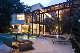 Environmentally friendly luxury house in costa rica idesignarch