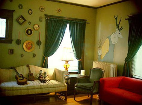 paint ideas accenting a green living room design