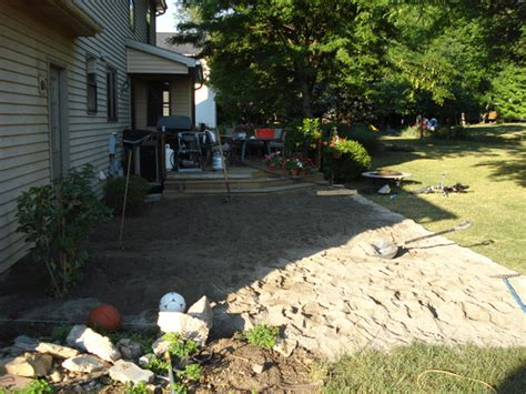 Leveling A Patio by Leveling Sand For Flagstone Patio