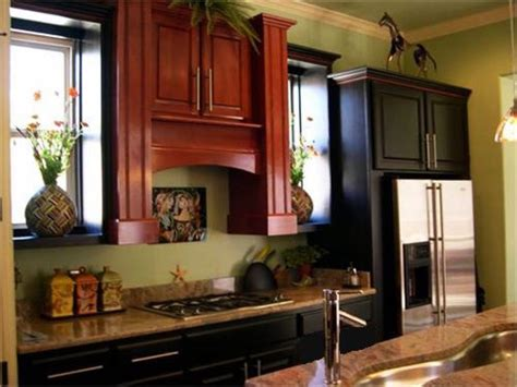 paint colors with cherry cabinets what color paint goes with cherry kitchen cabinets home