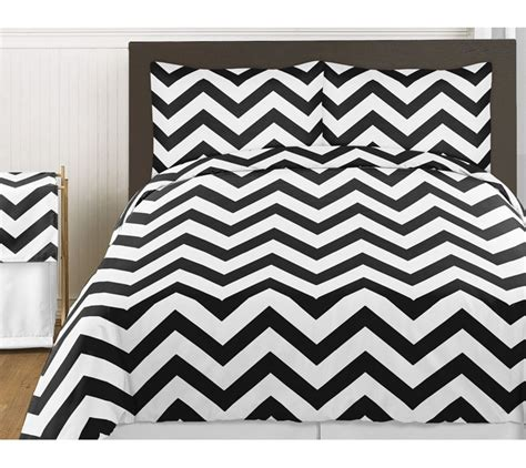 black white zigzag chevron queen size bed in bag comforter