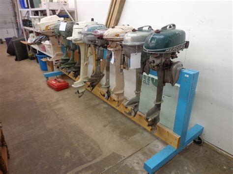 who makes outboard motors hydroplane boat motors furniture and more in hibbing