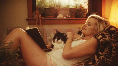 elisabeth moss mom elisabeth moss on listen up philip and what makes an