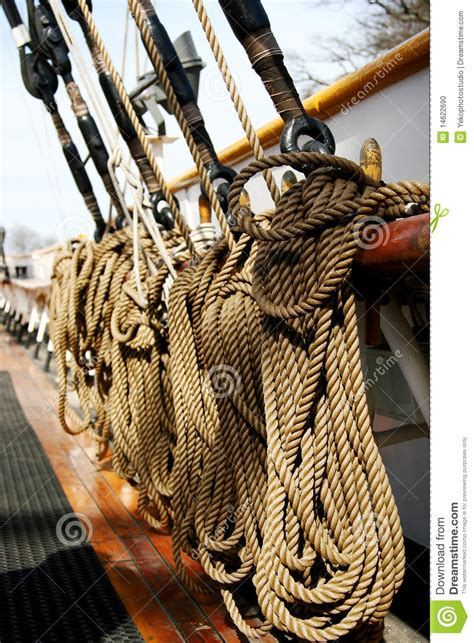 String Ship - ships rope on the deck stock photo image 14622690