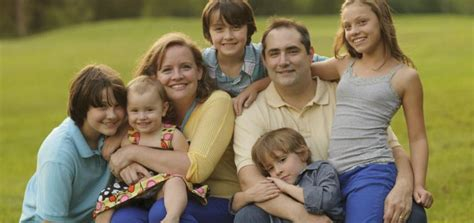 ayudas autonmicas federacin andaluza de familias numerosas la federaci 243 n madrile 241 a de familias numerosas califica de