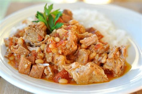 mels country kitchen crockpot country style pork and white beans