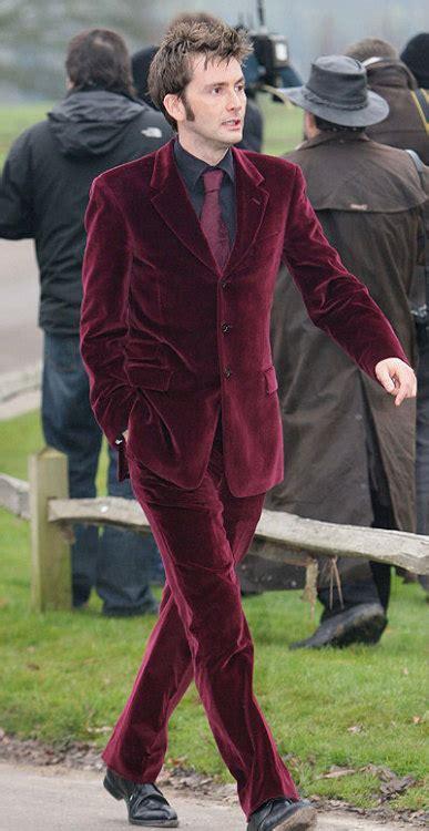 david tennant velvet suit so dapper it hurts david tennant red velvet suits count