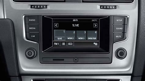 axion nik vwz01 navigations nachrstung in einem vw golf 7 radio composition touch vw golf 7 radio composition touch