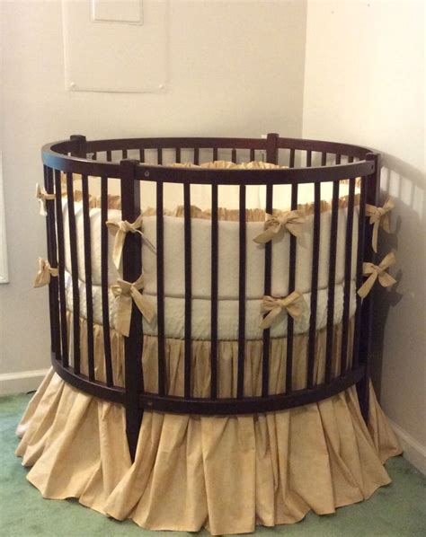 Circular Baby Crib Best 25 Cribs Ideas On Circular Crib Cribs Toddler Beds And Baby Room