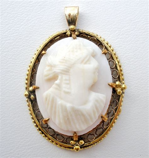 Fossil Leather D 4 8cm Artk Jpg antique 10k gold pink conch shell cameo pendant wrc