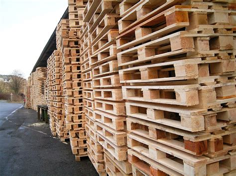 From Pallets by File Pallets 01 Ies Jpg Wikimedia Commons