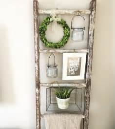 Ladder Home Decor by Best 25 Boxwood Wreath Ideas On Pinterest Stair Wall