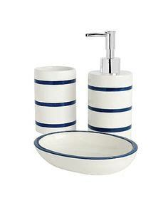 enjoy sea atmosphere with nautical bathroom accessories