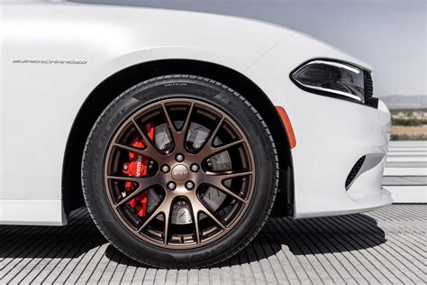 charger hellcat wheels 2015 dodge charger srt hellcat first look