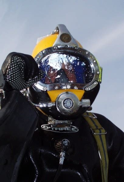 surface supplied diving cdiver