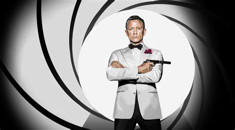 Bond 007 Daniel Craig White bond daniel craig white tuxedo www pixshark