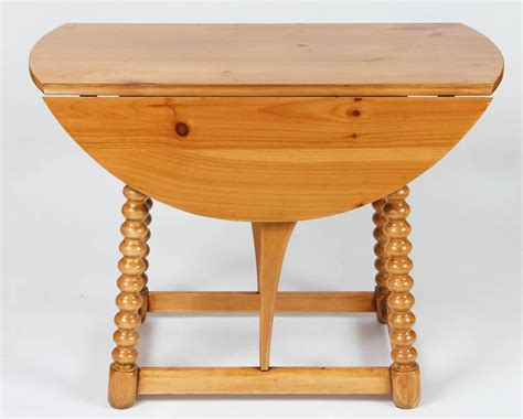 Pine Drop Leaf Table Vintage Pine Drop Leaf Table For Sale At 1stdibs