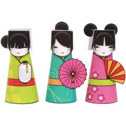 Paper Doll Craft Ideas - great site for kokeshi doll theme supplies