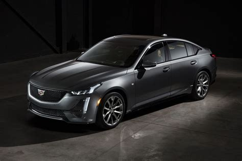 cadillac ct offers lots  standard kit starting