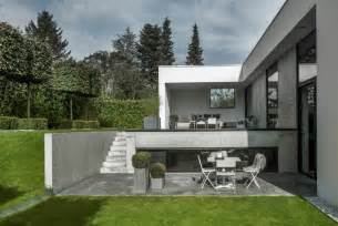split level garage l shaped nordic house featuring four split levels and