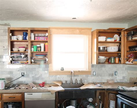 kitchen craft cabinet touch up paint everything you want to know about foam crown molding