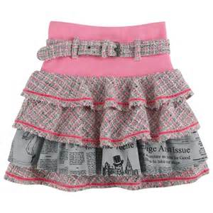 Offerings of kid s skirts foor the stylish and cute baby appearance