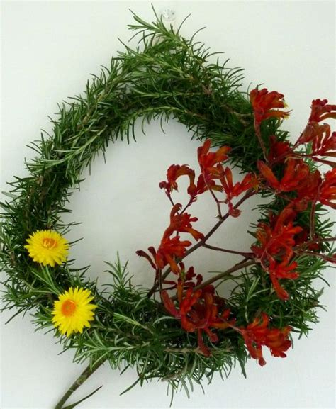 an australian christmas wreath by gardens and polka dots