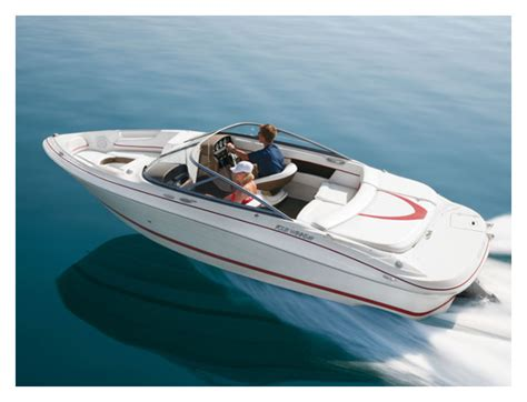 four winns boats kelowna four winns 200 horizon for rent in kelowna easy boat rentals