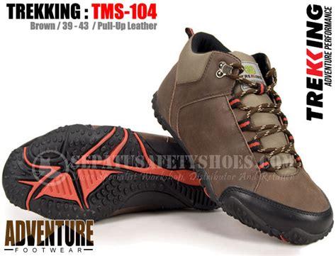 Sepatu Safety Gunung trekking tms 104 toko sepatu safety safety shoes