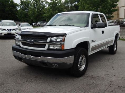 tons of power 2004 chevrolet silverado 1500 z71 lifted for